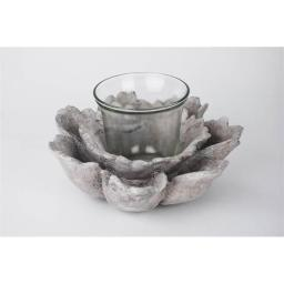 100-essentials-8404304-small-flower-candle-holder-d96f19ba8b5ec75d