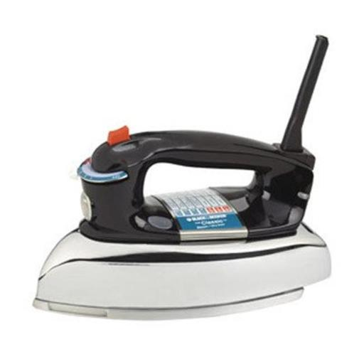 Black and Decker Classic Iron Brings Simplicity and Style Back to Ironing