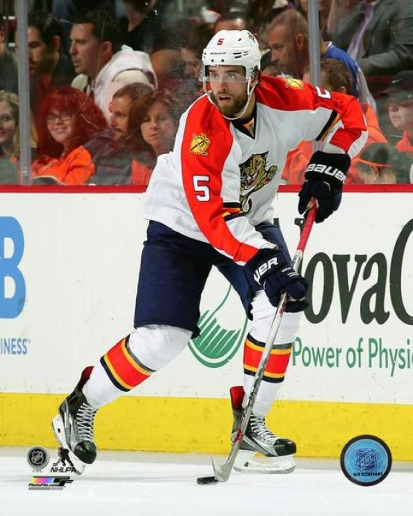 Aaron Ekblad 2015-16 Action Photo Print
