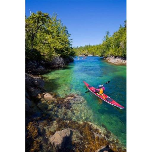 Posterazzi PDDCN02GLU0049 British Columbia Vancouver Island Sea Kayakers Poster Print by Gary Luhm - 18 x 26 in.