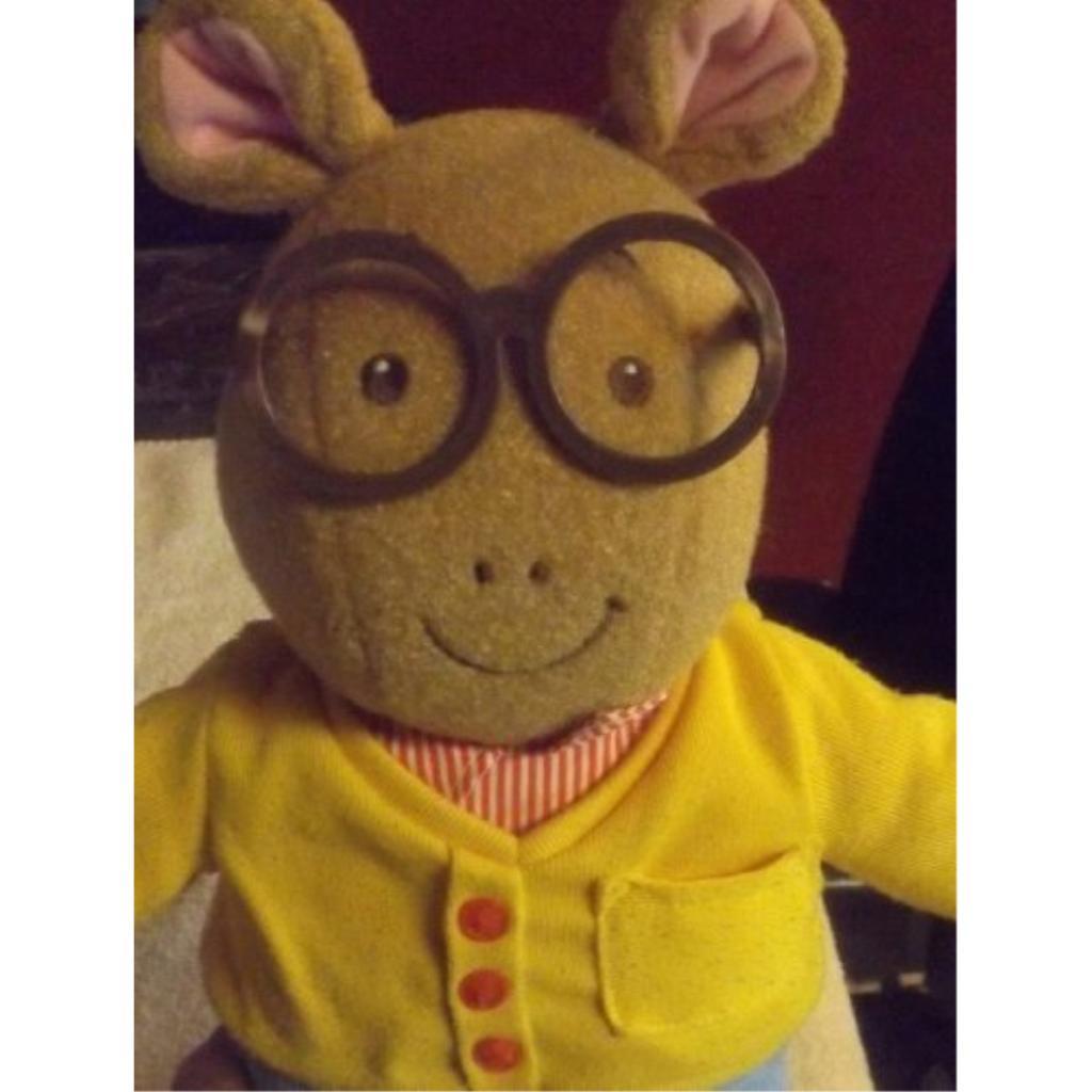 "16"" Talking Arthur"