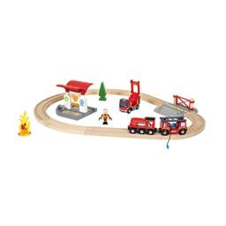BRIO 33815 Rescue Firefighter Set   18 Piece Train Toy with a Fire Truck, Accessories and Wooden Tracks for Ages 3 and Up