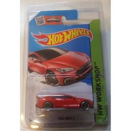 Hot Wheels 2015 Red Tesla S in Protective Case International Edition