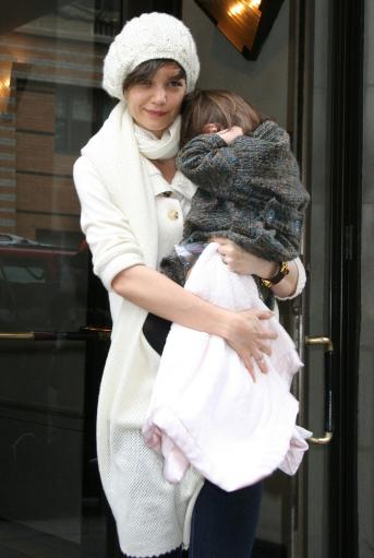 Katie Holmes, Daughter Suri Cruise Out And About For Katie Holmes On Her Way To All My Sons Final Performance, Leaving Her Manhattan Home, New.